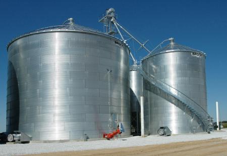 Custom Builders | Tipton, Iowa - Brock Grain Bins